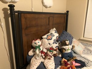 Queen Bed and Frame for Sale in Sparks, NV