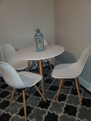 Eiffel table and chairs for Sale in High Point, NC