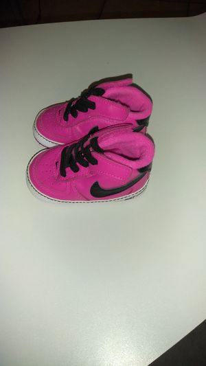 Nike Crib Shoe size 2 for Sale in Orlando, FL