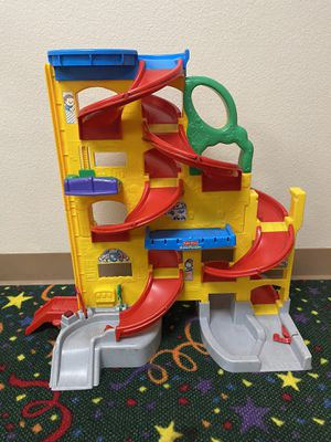Fisher-Price Little People Wheelies Stand 'N Play Rampway for Sale in Rancho Cucamonga, CA