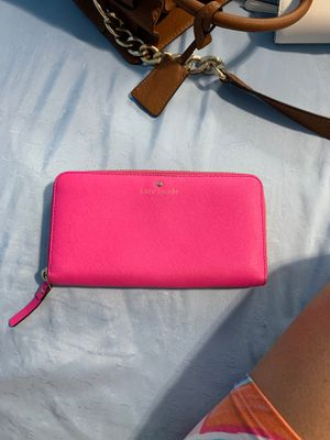 Pink Kate spade wallet for Sale in Hialeah, FL