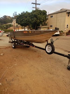 Gregor aluminum deep v bass boat for Sale in San Diego, CA