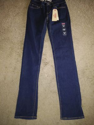Levi's 712 Women's NWT Dark Wash Slim Fit Mid Rise Stretch Jeans Size 26 for Sale in Voorhees Township, NJ