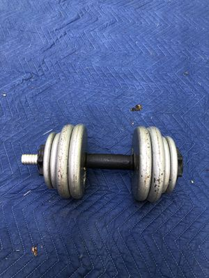 Dumb bell weights 40 lbs for Sale in Fort Washington, MD