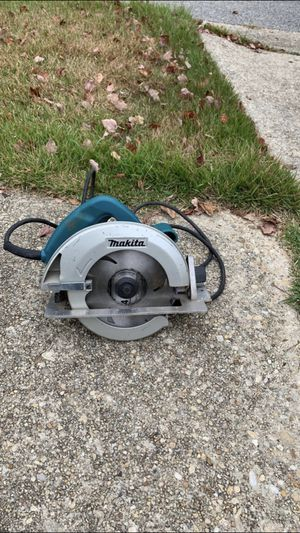Makita circular saw of 7 1/4 in good condition for Sale in Greenbelt, MD