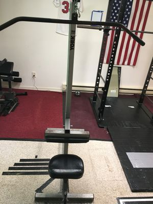 York Lat Pulldown Machine w/ Attachments for Sale in Sykesville, MD