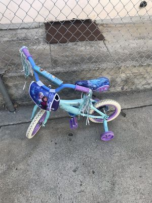 Frozen the movie girls bike 3-4 years old for Sale in Los Angeles, CA