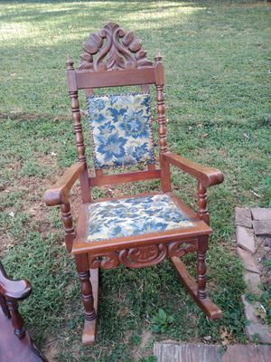 Antique rocking chair for Sale in Evansville, IN
