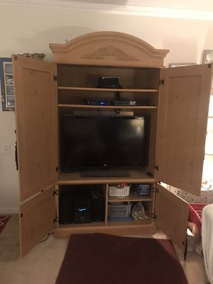 Tv cabinet/ armoire for Sale in Laguna Woods, CA