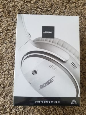 New!!Sealed!! Bose - QuietComfort 35 II Wireless Noise Cancelling Headphones.Pick up only for Sale in Los Angeles, CA