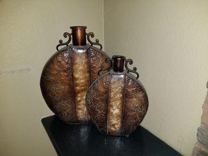2 large decorative vases for Sale in Tempe, AZ