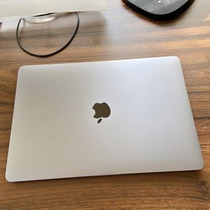 Macbook Pro 13 inch 2017 w/ magic mouse and keyboard for Sale in Covina, CA