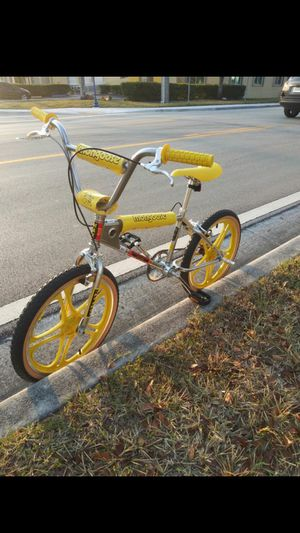 """BMX Mongoose Special Edition """"Stranger Things"""" Netflix Bicycle for Sale in Miami, FL"""