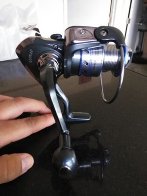 Fishing Reel Lixda St 4000 spinning Reel for Sale in Ontario, CA