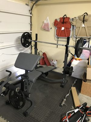 Complete weight set. Used only couple times, like new condition! for Sale in Miami, FL