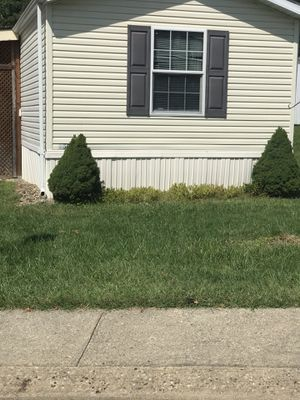 """Mobile home for sale """"handyman special"""" in Fohl Village for Sale in Akron, OH"""