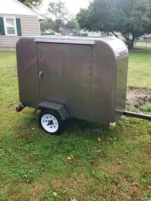 4 x 6 enclosed trailer for Sale in Peoria, IL
