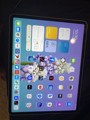 iPad Pro 64 gig for Sale in Ontario, CA