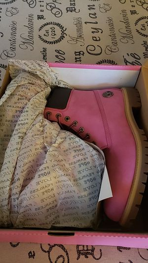 Breast Cancer Pink Timberland Boots for Sale in Ewing Township, NJ