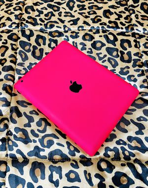 Hot Pink APPLE iPAD for Sale in Red Bluff, CA