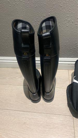 Authentic Burberry rain and snow boots for Sale in El Cajon, CA