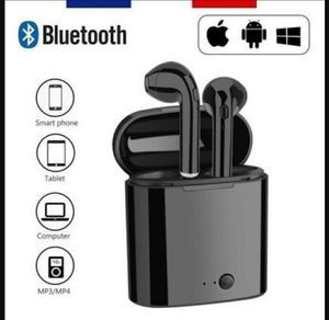 Wireless earbuds headset TWS headphone earphone bluetooth 5.0 for Sale in Aurora, IL