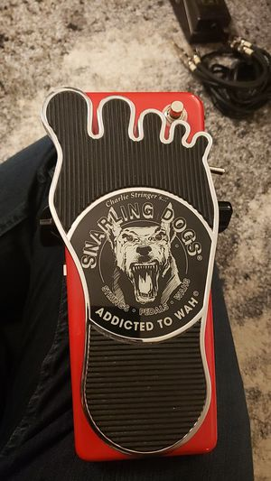 Snarling Dogs Super Bawl Whine O Wah Pedal for Sale in Seattle, WA