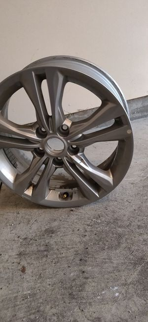 Wheel, Alloy - Hyundai (52910-C2680) vehicles. for Sale in Dublin, OH
