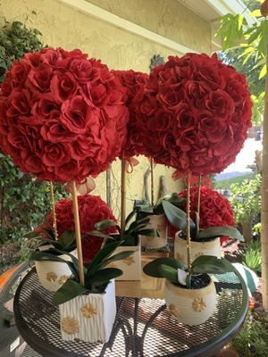 Floral Centerpieces for Sale in Riverside, CA