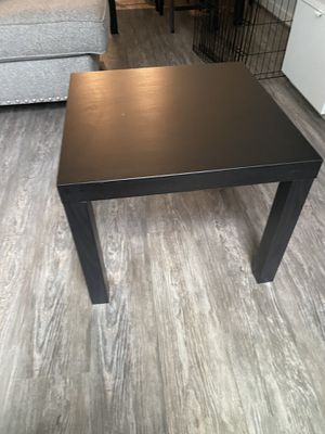 Side Table for Sale in Brentwood, MD