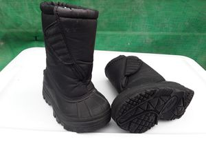 Kids Snow boots for Sale in Yucaipa, CA