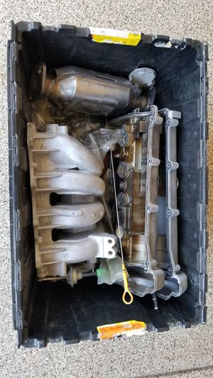 Mazda Miata MX-5 Parts tote for Sale in Etiwanda, CA