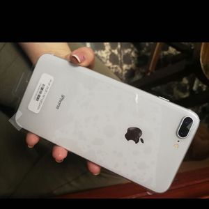 iPhone 8 for Sale in Canton, OH