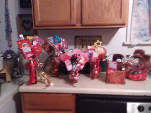 Valentine's candy vases & Baskets for Sale in PUEBLO DEP AC, CO