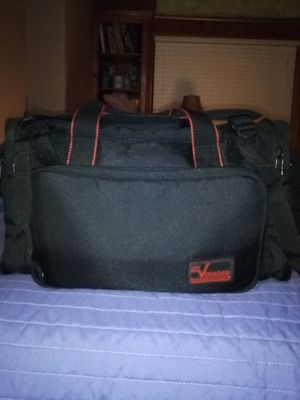 Small Voyager duffle bag for Sale in Oklahoma City, OK