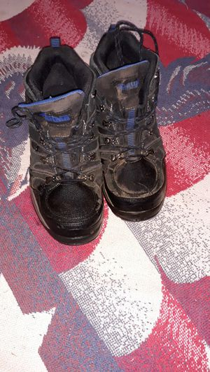 8 1/2 9 Steel toe boots for Sale in St. Louis, MO