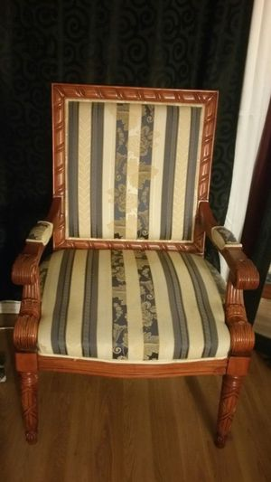 Arm chair for Sale in Reedley, CA