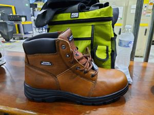 Sketches work boots steel toe for Sale in Streetsboro, OH