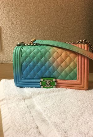 Authentic Chanel Limited Edition Rainbow Quilted Caviar Medium Boy Flap Bag for Sale in Big Bear Lake, CA