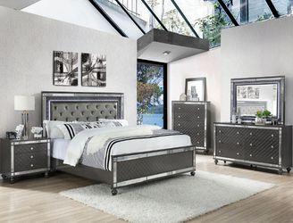 Brand new Queen bedroom set (grey) for Sale in Federal Way,  WA