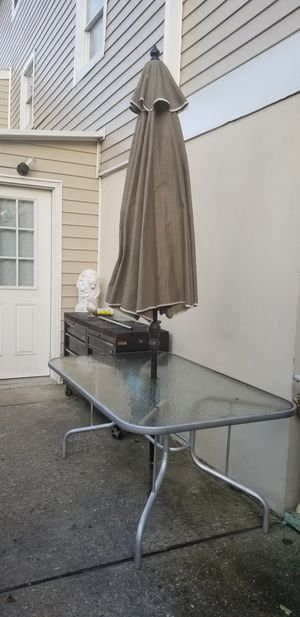 Outdoor table and umbrella for Sale in Staten Island, NY