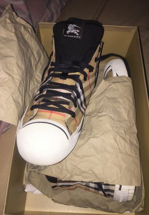 Brand New Burberry sneakers for Sale in Houston, TX