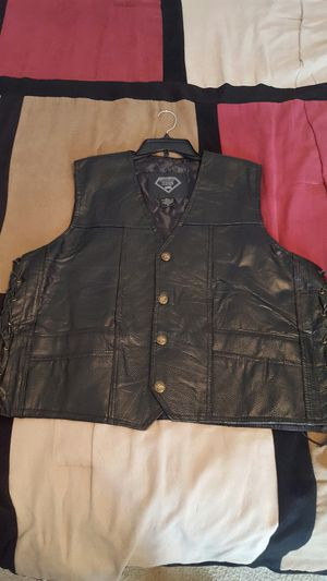 Motorcycle leather vest men 3x for Sale in Fredericksburg, VA