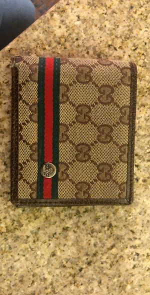 Gucci wallet for Sale in Denver, CO