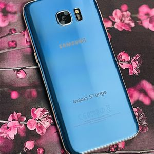 Samsung Galaxy S7 Edge 32gb Factory Unlocked for Sale in Everett, MA