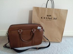 COACH MENS LEATHER MESSENGER BAG for Sale in Chicago, IL