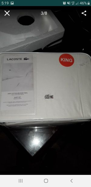 Sheet set LACOSTE king for Sale in Placentia, CA