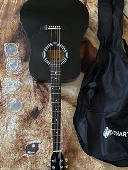 sonart acoustic guitar for Sale in Huntington Park,  CA