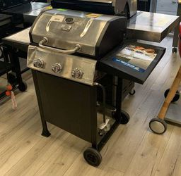 BLUE RHINO GBC1932L PROPANE GRILL VL for Sale in China Spring,  TX