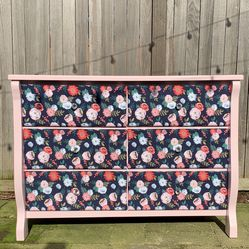 Pink Floral Bed Frame and Dresser Set for Sale in Seattle,  WA